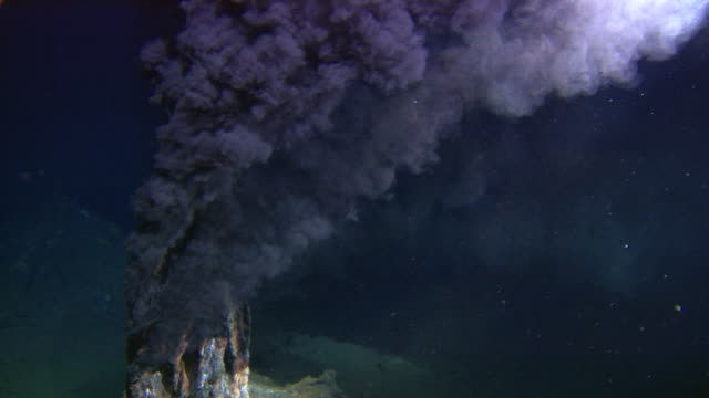 black smoker deep sea vent rises from ocean floor, mid atlantic ridge - deep stock videos & royalty-free footage