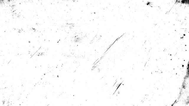 black stop-motion-animation, hochkontrastiert grunge und schmutzig, animiert, beunruhigt und verschmiert 4k loopable video-hintergrund mit street-style-textur - schwarzweiß bild stock-videos und b-roll-filmmaterial