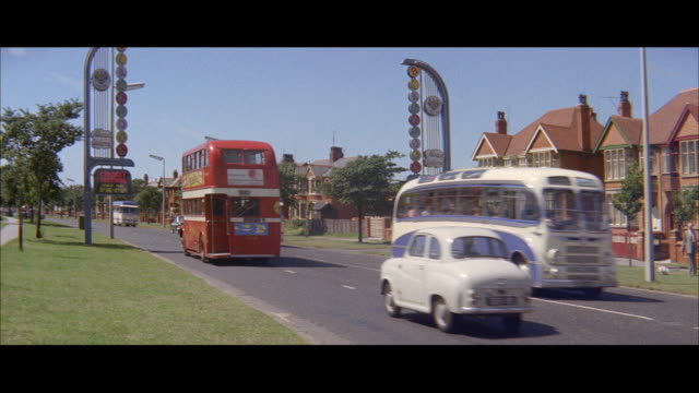 1960 - Blackpool - Driving into the city