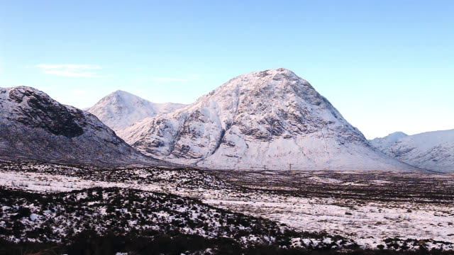 blackrock cottage and buachaille etive mor in the scottish highlands. - 30 seconds or greater stock videos & royalty-free footage