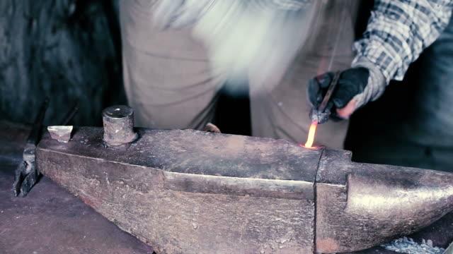 blacksmith work - horseshoe stock videos & royalty-free footage