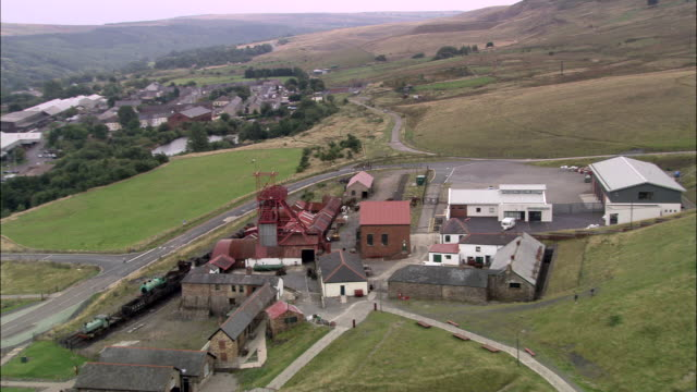 blaenarvon and big pit - sito patrimonio dell'umanità unesco video stock e b–roll