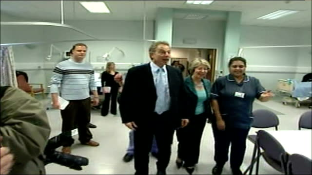 bethnal green london chest hospital int tony blair mp and patricia hewitt mp arriving for visit and shake hands with staff - bethnal green stock videos & royalty-free footage