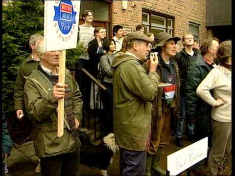 blair begins countryside campaign; england: cornwall: ext tony blair out of car on arrival at college and along gv farmers demonstrating at college... - three quarter length stock videos & royalty-free footage