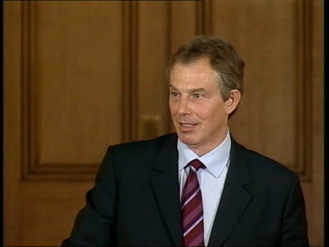 blair defends his stance; pool downing street: tony blair mp press conference sot - i am quite sure that he has these weapons and that people and... - weapons of mass destruction stock videos & royalty-free footage