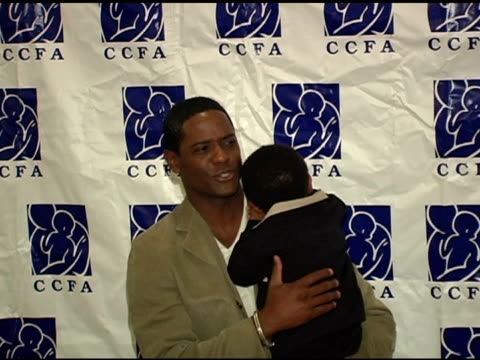 vidéos et rushes de blair underwood and son at the 6th annual lullabies and luxuries luncheon and fashion show to benefit caring for children and families with aids at... - blair underwood