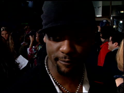 vidéos et rushes de blair underwood at the 'something new' premiere at the cinerama dome at arclight cinemas in hollywood california on january 24 2006 - blair underwood