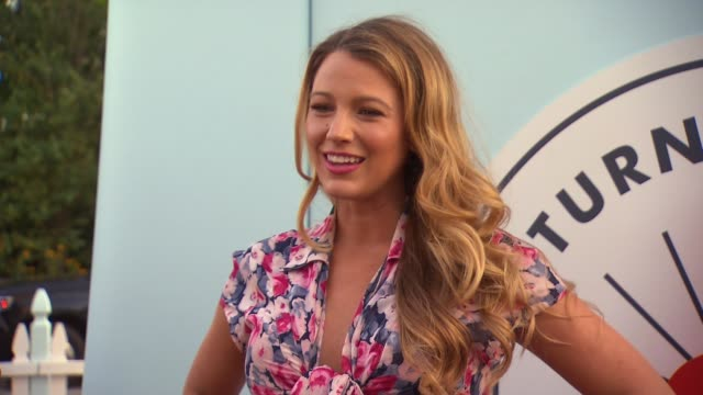 stockvideo's en b-roll-footage met blake lively at cat jack for target launch event at brooklyn bridge park on july 21 2016 in new york city - 2016