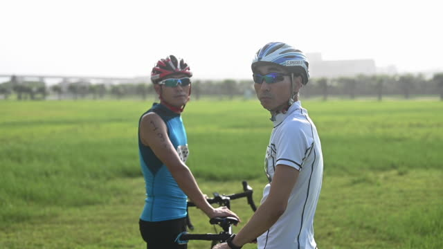 blind triathlete portrait - visual impairment stock videos & royalty-free footage