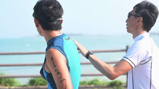 blind triathlete walking - visual impairment stock videos & royalty-free footage