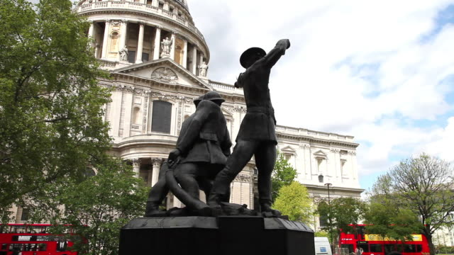 blitz firefighters war memorial, saint paul's cathedral, london - london blitz stock videos & royalty-free footage
