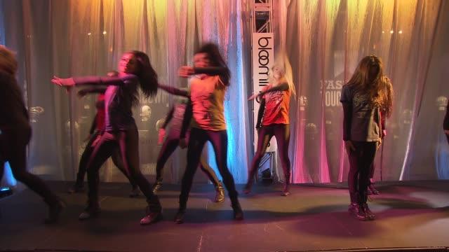 atmosphere bloomingdale's cheerleaders at bloomingdale's kicks off super bowl xlviii with the cfda and nfl at bloomingdale's 59th street store on in... - bloomingdales stock videos & royalty-free footage