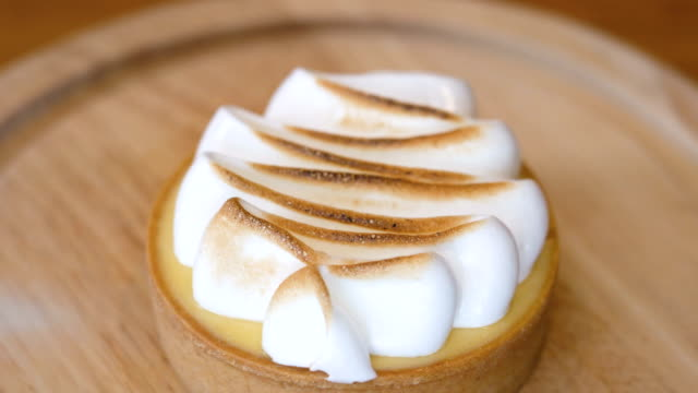 CU Blow-torching lemon meringue pie