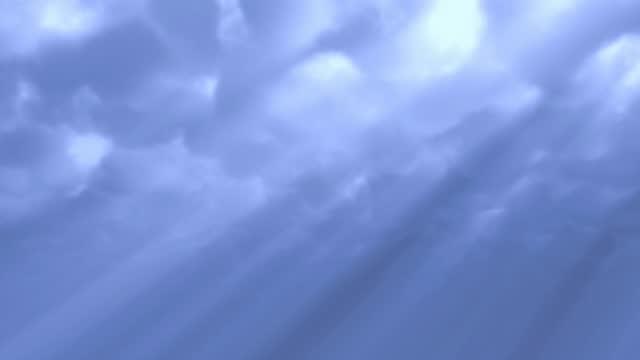stockvideo's en b-roll-footage met blauwe wolken - zonnig