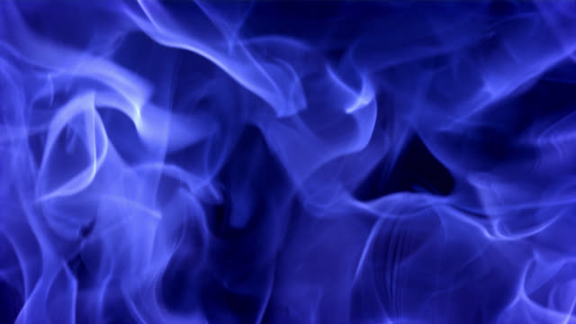 slo-mo-blue fire megacoaster - flamme stock-videos und b-roll-filmmaterial