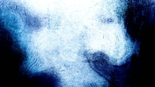 blå hög kontrasterade snöstorm grungy och smutsiga, animerade, nödställda och fläckig stormiga himmel, moln 4k video bakgrund med virvlar och ram av ram rörelse känn med van gogh style - bildskadeeffekt bildbanksvideor och videomaterial från bakom kulisserna