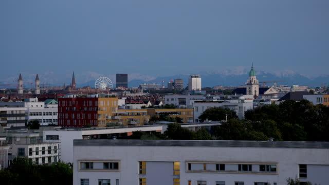 blue hour munich city view - wop productions stock-videos und b-roll-filmmaterial