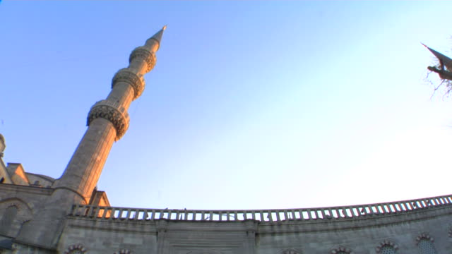 ms la td blue mosque at sunset, istanbul, turkey - 17th century style stock videos & royalty-free footage