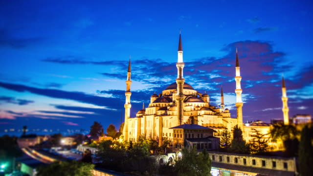 moschea blu di istanbul - minareto video stock e b–roll