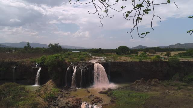 blue nile falls / ethiopia, africa - naturwunder stock-videos und b-roll-filmmaterial