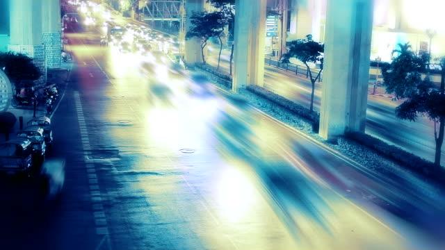 stockvideo's en b-roll-footage met blue toned traffic - driverslag