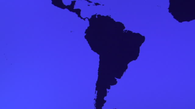 ms, tu, blue world map showing americas - america latina video stock e b–roll
