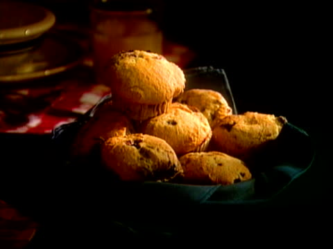 blueberry muffins - blueberry muffin stock videos & royalty-free footage