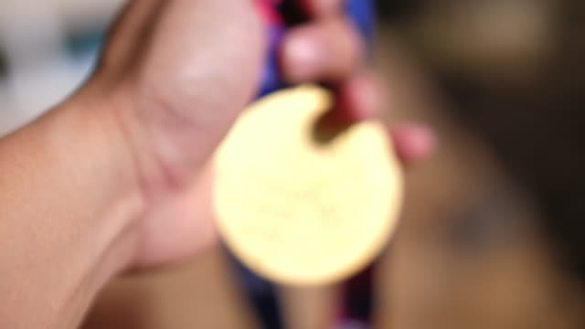 blur motion of gold medal for the games, 4k - gold medalist stock videos & royalty-free footage