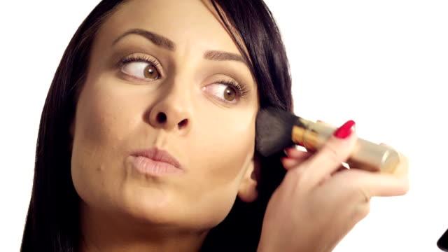 vídeos de stock, filmes e b-roll de blush maquiagem - boca humana