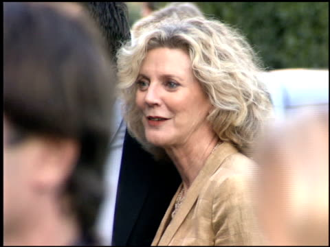 blythe danner at the environmental media awards at wilshire ebell theatre in los angeles california on october 1 2005 - environmental media awards点の映像素材/bロール