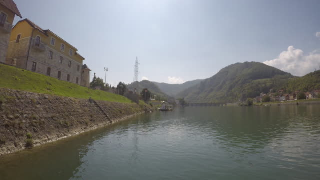 boat on tour on river drina at artificial lake perucac, serbia - bosnia and hercegovina stock videos & royalty-free footage