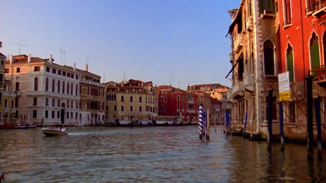 boat point of view on the grand canal in venice / italy - boat point of view stock videos & royalty-free footage
