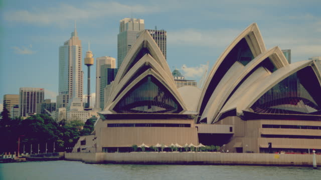 Boat point of view Sydney Opera House + city skyline / Sydney, Austalia