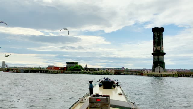 boat pov stanley dock and liverpool waterfront - waterfront stock videos & royalty-free footage