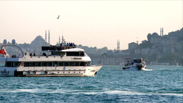 boat traffic on bosphorus strait - turchia video stock e b–roll