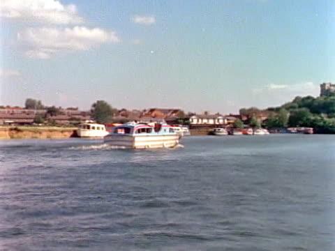 boating by windsor castle - windsor castle stock videos & royalty-free footage