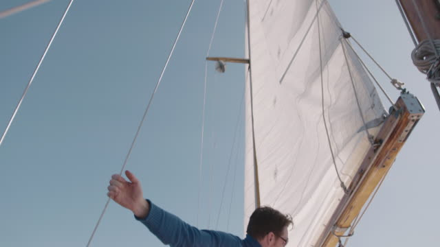 stockvideo's en b-roll-footage met boating - jachtvaren
