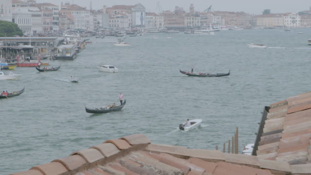 ws ha boats and gondola moving in grand canal / venice, italy - passenger craft stock videos & royalty-free footage