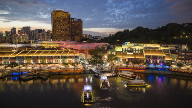 boats cruise - singapore river stock videos & royalty-free footage