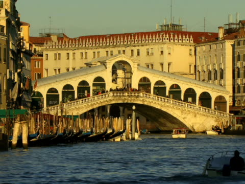 ws boats traveling on grand canal near rialto bridge / venice, italy - unknown gender stock videos & royalty-free footage