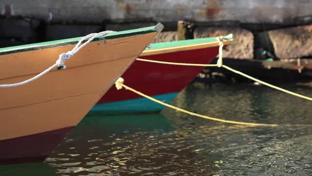 boats - abblenden stock-videos und b-roll-filmmaterial