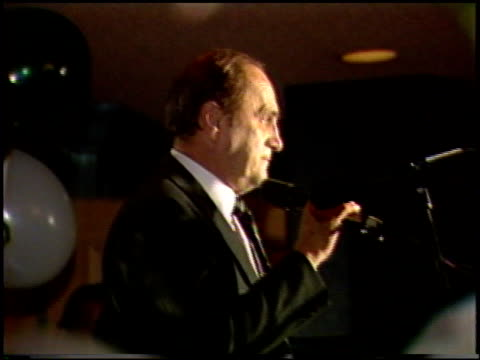 bob newhart at the st patrick's day at jimmy's at jimmy's restaurant in beverly hills, california on march 15, 1987. - ボブ ニューハート点の映像素材/bロール