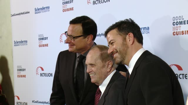 bob saget, bob newhart and jimmy kimmel at the cool comedy - hot cuisine 30th annual benefit for the scleroderma research foundation at the beverly... - ボブ ニューハート点の映像素材/bロール
