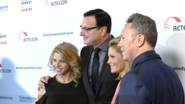 Bob Saget Candace Cameron Bure Jodie Sweetin and Jeff Franklin at the Cool Comedy Hot Cuisine 30th Annual Benefit For The Scleroderma Research...