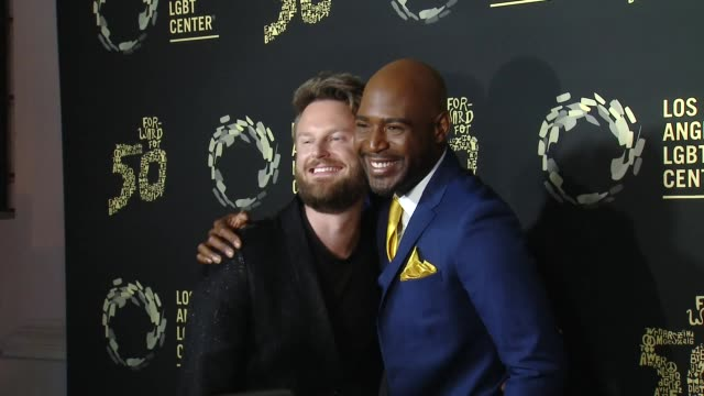 "vídeos de stock, filmes e b-roll de bobby berk and karamo brown at los angeles lgbt center celebrates 50th anniversary with ""hearts of gold"" concert & multimedia extravaganza at the... - karamo brown"