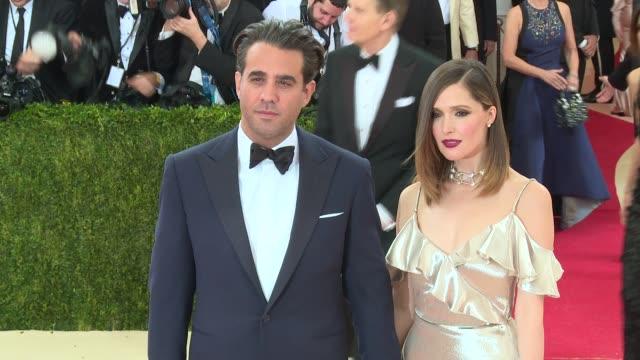 bobby cannavale and rose byrne at manus x machina fashion in an age of technology costume institute benefit gala arrivals at metropolitan museum of... - manus x machina: fashion in an age of technology stock videos and b-roll footage