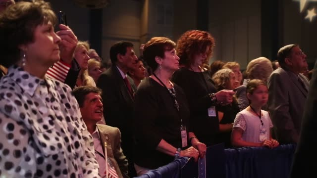 stockvideo's en b-roll-footage met bobby jindal governor of louisiana announces he will seek the 2016 republican presidential nomination during a campaign event near new orleans in... - presidentsverkiezing