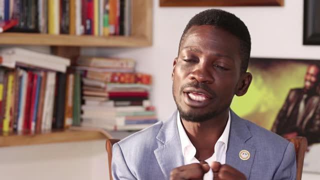 bobi wine resumes ugandan presidential election campaign following violent clashes; uganda; presidential election campaign trail, bobi wine,... - kampala stock-videos und b-roll-filmmaterial