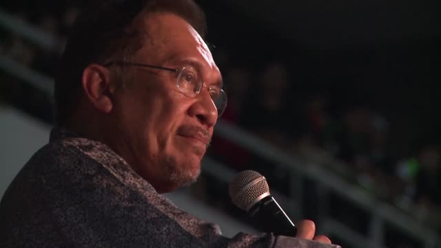 A UN body has determined that former Malaysian opposition leader Anwar Ibrahim has been jailed in violation of international law and called for his...