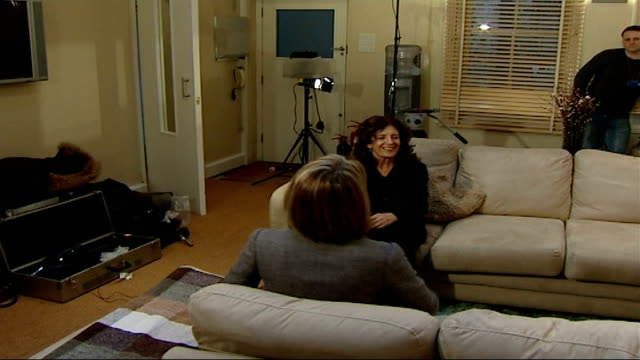 body shop founder anita roddick dies; tx 14.2.2007 anita roddick interview with mary nightingale sot - talks about contracting hepatitis c - contracting stock videos & royalty-free footage